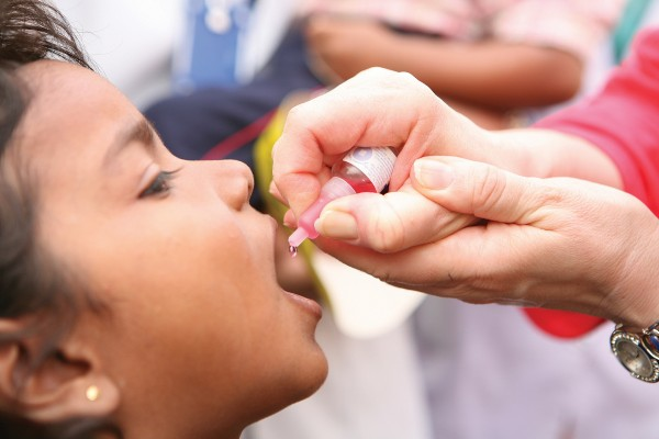 Прививка от полиомиелита живая вакцина – Живая вакцина от полиомиелита: прививка, инструкция, осложнения